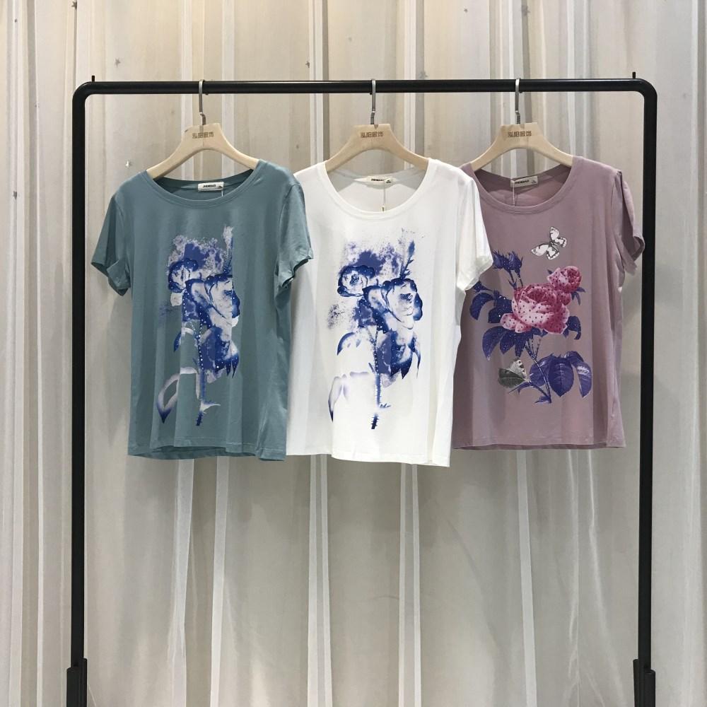 珍俏品牌2019女式印花短袖一手货源