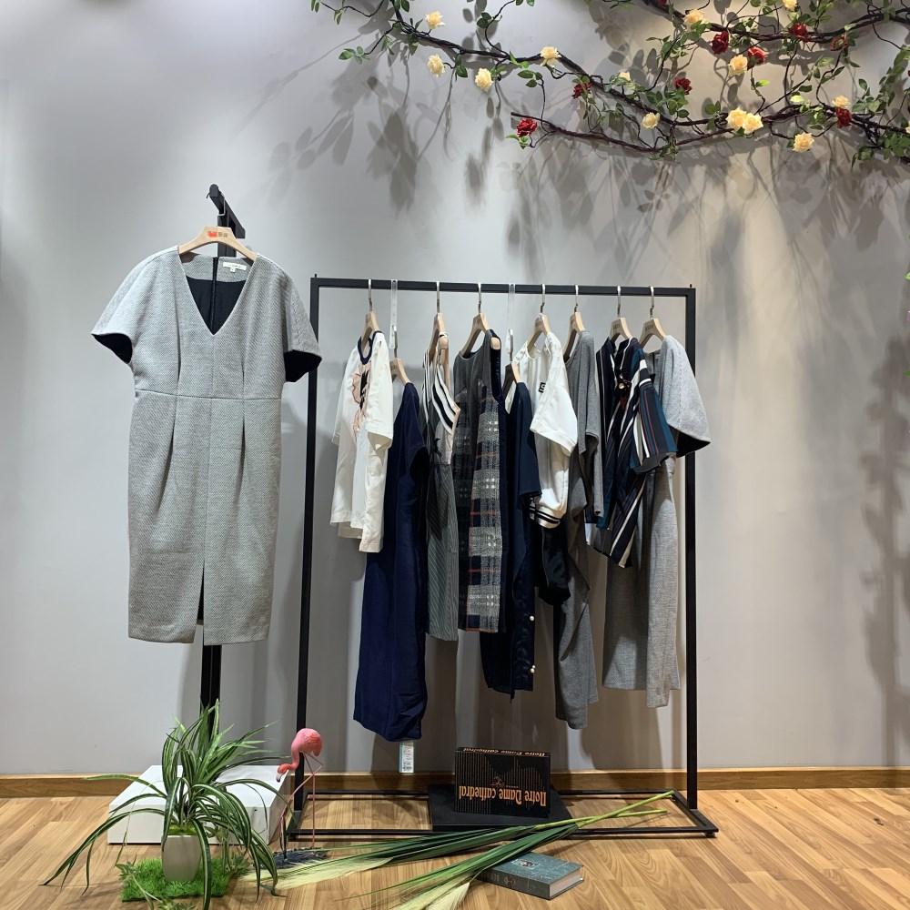 诗篇品牌2019春季新款女装一手货源走份