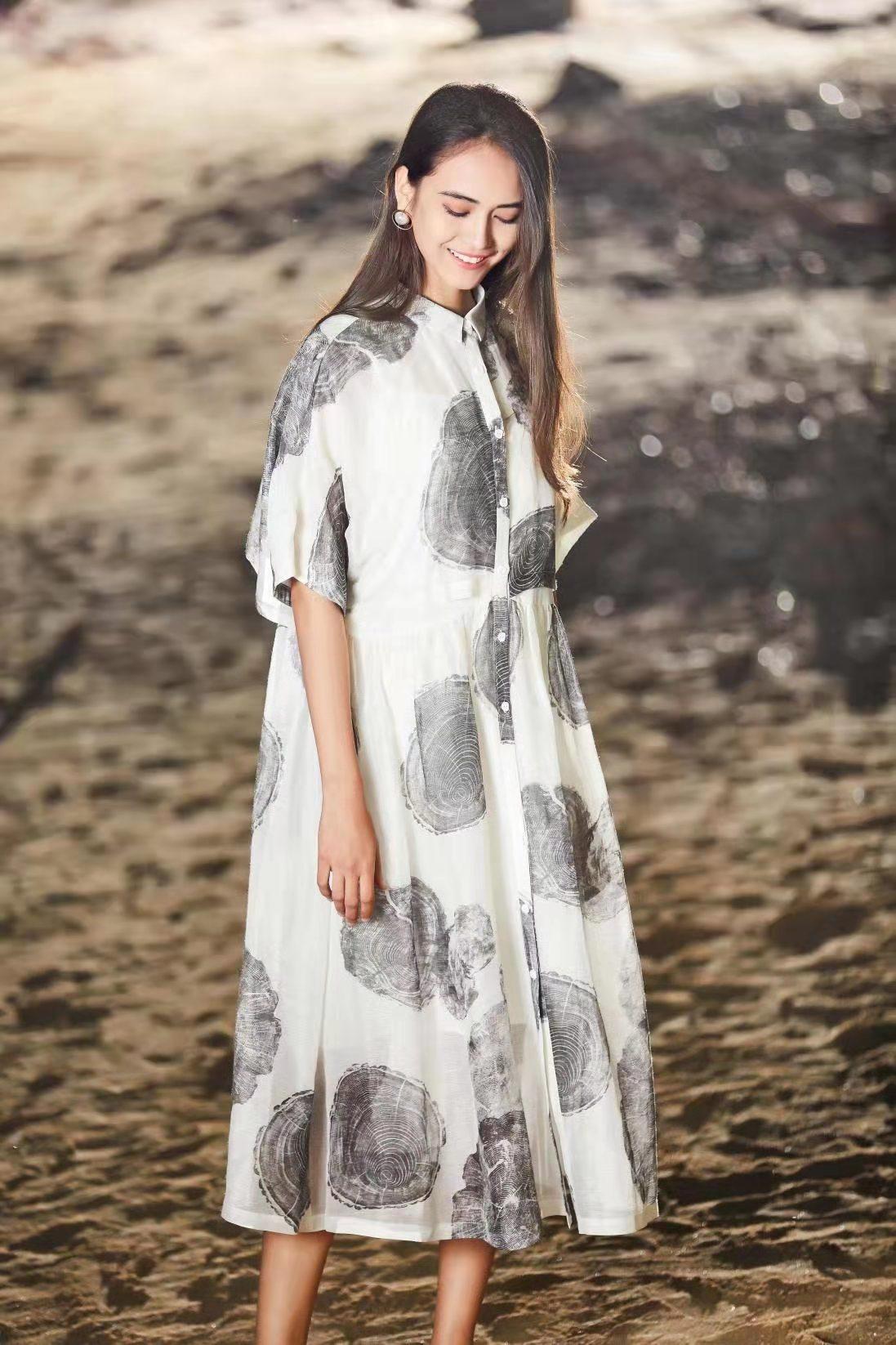 婭尼蒂澌女裝品牌折扣尾貨庫存貨源