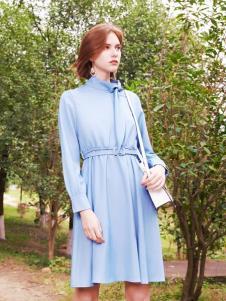 2019樊羽女装浅蓝色衬衫裙