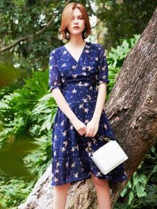 2019樊羽女装时尚印花裙