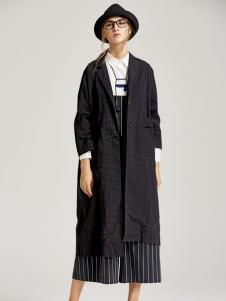 墨曲女装黑色外套
