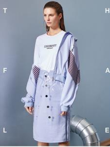2019丽芮女装时尚新款外套