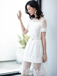 2019优衣美女装白色收腰连衣裙