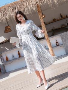 EI女装时尚连衣裙19新款