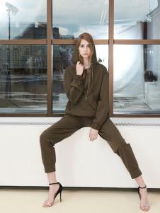 imi艾米女装19休闲卫衣