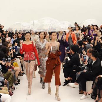 A/W2019深圳时装周 | 朗黛国际MYMO&M.HITI錫瑅:繁忙之中,生活之外