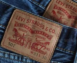 Levi's李维斯母企Levi Strauss今日上市 获得10被超额认购