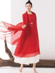 见花开红色女裙