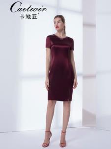 卡地亚女装红色连衣裙