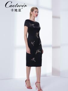 卡地亚夏新款收腰连衣裙