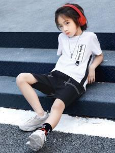 2019形仔男童白色T恤