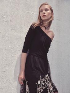 华丹尼2019春季新品女装