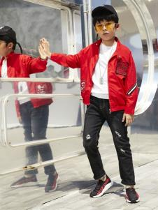 YukiSo童装男童休闲红色外套