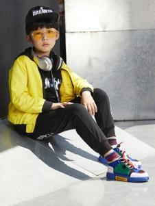 YukiSo童装男童休闲黄色外套