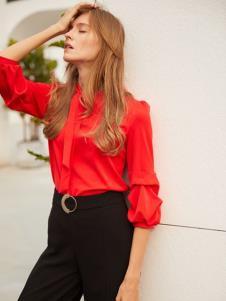 2019EI女装红色衬衫
