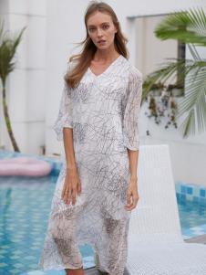 2019EI女装白色连衣裙