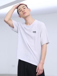 线锁男装灰色T恤