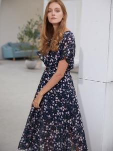 2019EI女装复古连衣裙