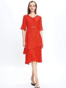 JAOBOO乔帛红色连衣裙