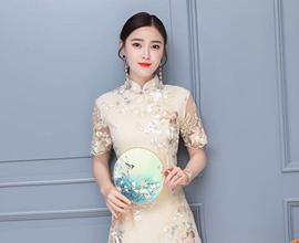 热烈祝贺中国服装网协助贵州六盘水陈老板成功签约芝麻e柜