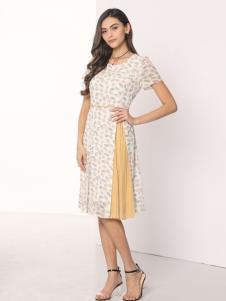 芮色白色连衣裙