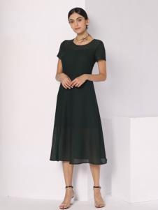 芮色黑色连衣裙