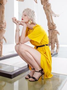 Saslax莎斯莱思新款黄色连衣裙