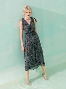 Saslax莎斯莱思新款无袖连衣裙