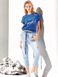 衣魅人蓝色T恤