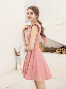 艾诺绮夏季新款粉色连衣裙