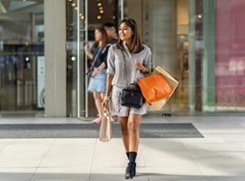 """""""共享经济""""盛行 租赁奢侈品会成未来趋势么?"""