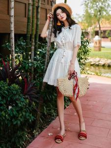 搜美女装白色连衣裙