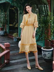 搜美女装黄色格子连衣裙