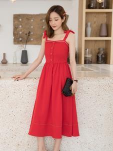 LIYA LISA莉雅莉萨红色连衣裙