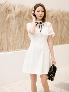 LIYA LISA莉雅莉萨白色连衣裙