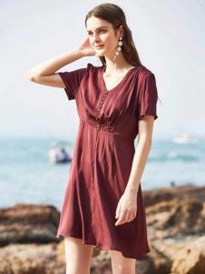 惠之良品品牌折扣女装优雅连衣裙