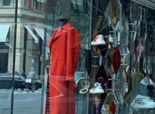 时尚品牌获PE投资,好坏参半
