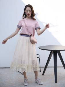 讴歌德夏装条纹连衣裙