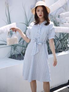 讴歌德连衣裙