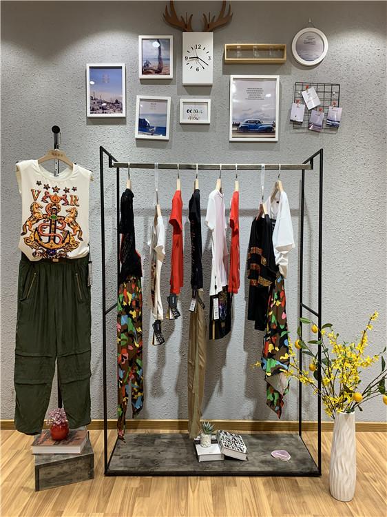 维斯提诺品牌2019夏季女装折扣批发