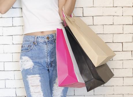 全年龄段愿意购买环保产品 前提是不涨价