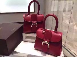 去年中国人买走了全世界1/3奢侈品