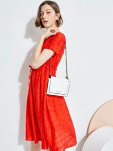 2019欧炫尔女装红色连衣裙