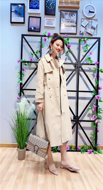 古石品牌2019新款日韩风衣外套一手货源批发
