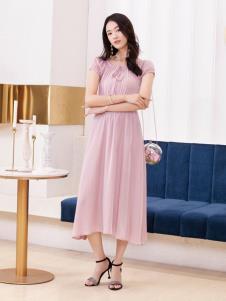 2019布根香女装粉色连衣裙