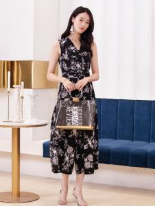 2019布根香女装黑色印花裙
