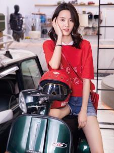 2019布根香女装红色T恤
