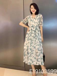 雨珊女装夏印花长裙