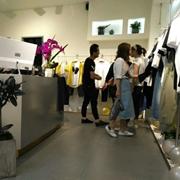 热烈祝贺久久厘米男装品牌喜迎多家店铺开业